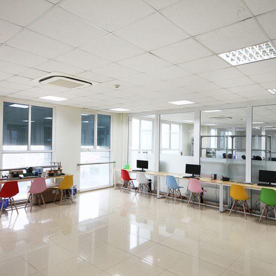 Phòng Thí Nghiệm Điện - Điện Tử