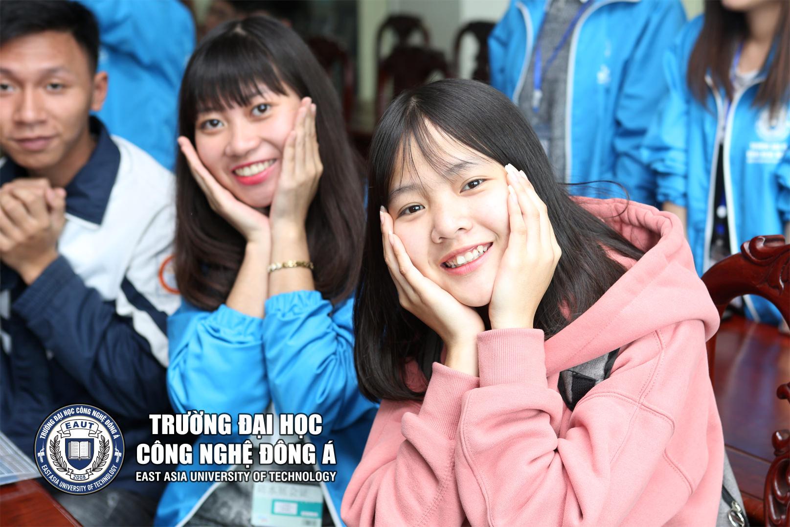 banner chuong my a 4