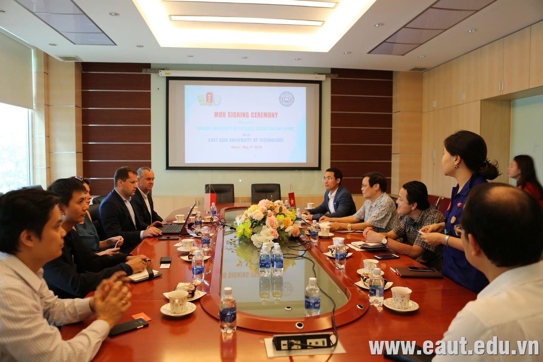 Đại học Công nghệ Đông Á hợp tác cùng Đại học Thể dục thể thao Gdansk - Ba Lan