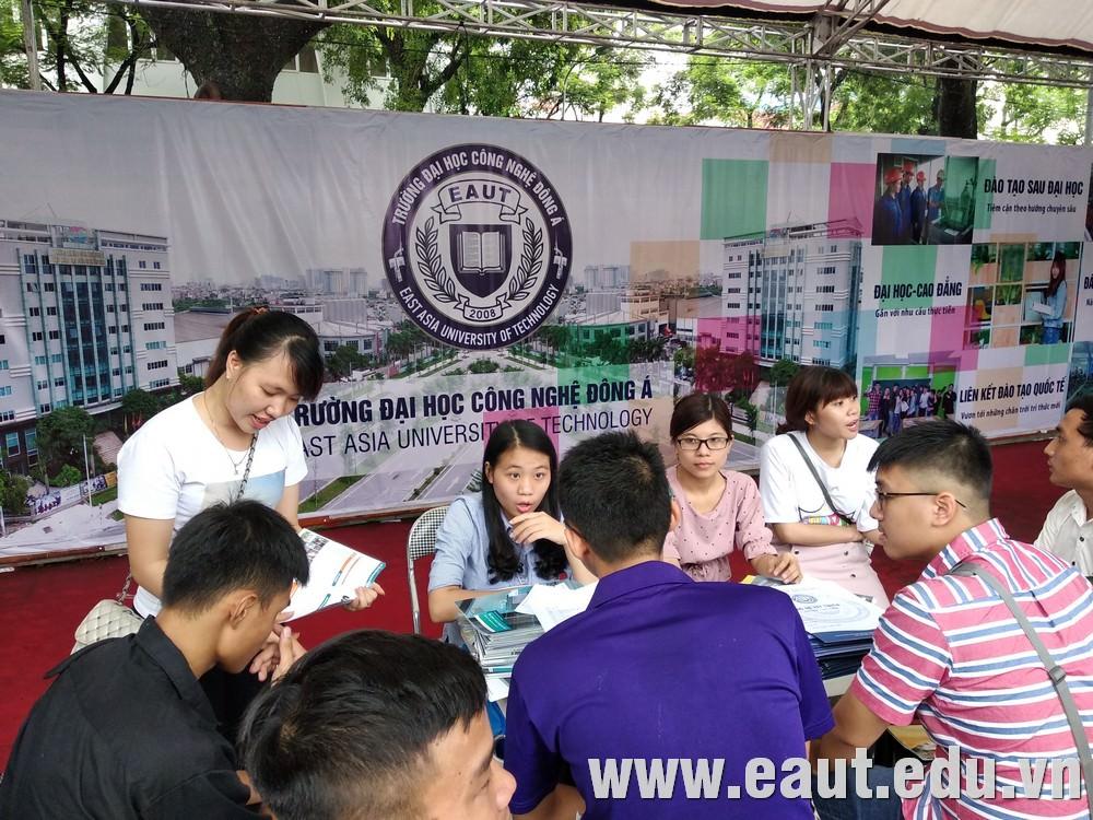 Gian tư vấn Đại học Công nghệ Đông Á