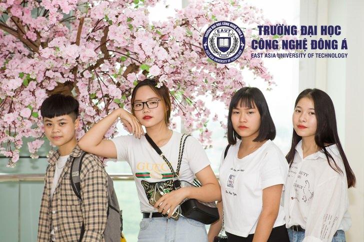 """THPT Lý Thánh Tông mở màn chương trình """"Trải nghiệm không gian học Đại học"""""""