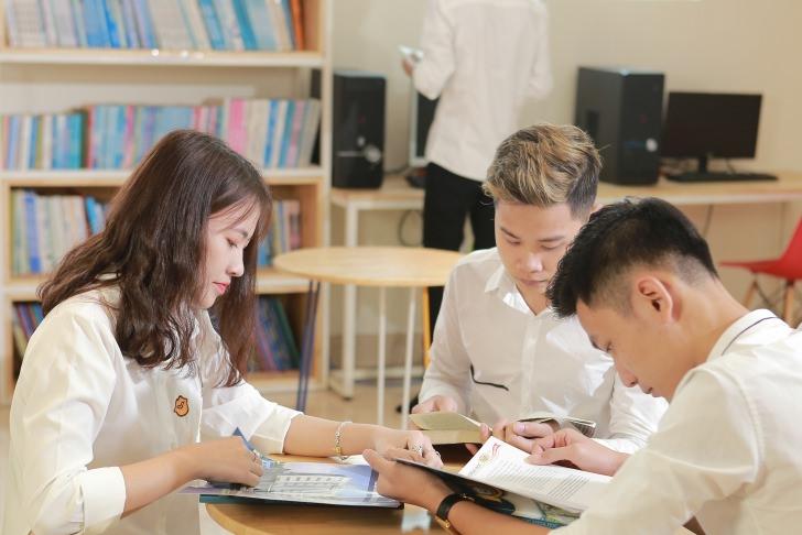 Sinh viên Đại học Công nghệ Đông Á trong thời đại 4.0