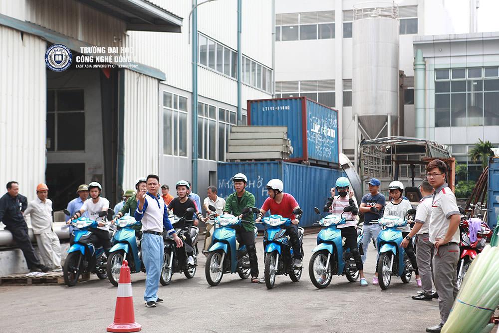 """Ngày hội """"Lái xe an toàn"""" do Ban Doanh nghiệp việc làm phối hợp với Honda Việt Nam tổ chức."""