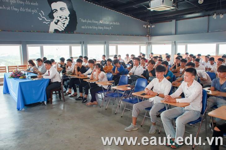 Hợp tác giữa trường mở ra những cơ hội nghề nghiệp hấp dẫn cho sinh viên nhà trường.