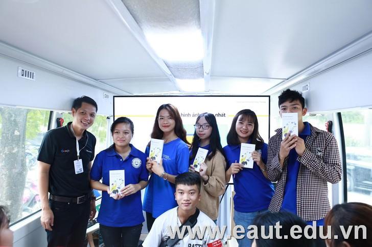 Phần thưởng khuyến khích các nhóm sau khi hoàn thành bài học.