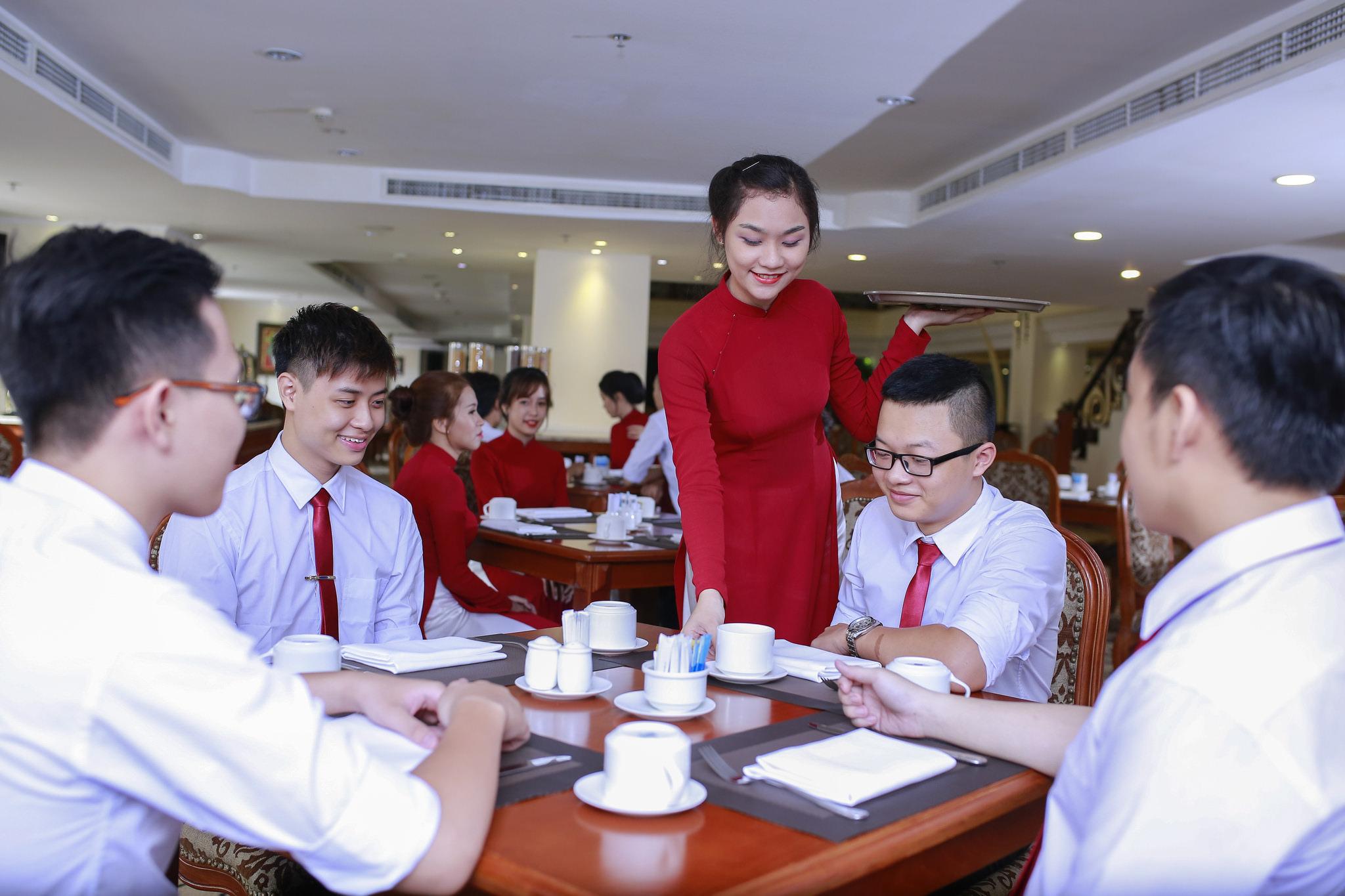 Một buổi thực hành của ngành quản trị khách sạn